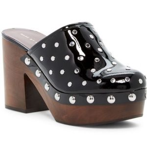 Marc by Marc jacobs Dylan nailhead clog 39